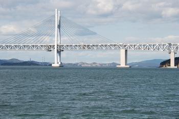 瀬戸大橋に最接近の新在家海岸DSC_0424.JPG