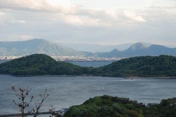 遠見山より牛島、象頭山、我拝師山DSC_0520.JPG